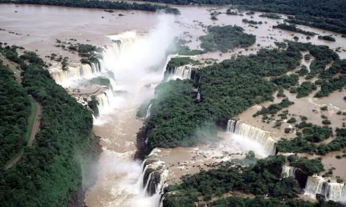 Cataratas_del_Iguazu_Argentina